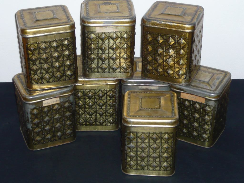 Storage tins Image
